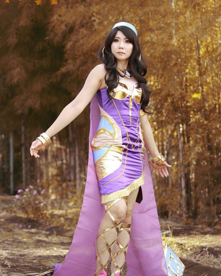 cosplay mobile legend esmeralda