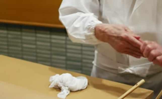 Film tentang makanan Jiro Dreams of Sushi (2011)