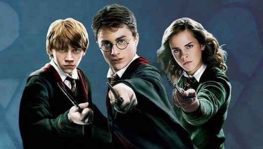Poster Film Harry Potter. Teori Harry Potter.