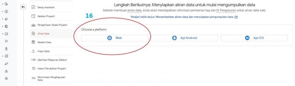 Pilih web di Google Analytics